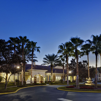 Walking distance to Seminole Town Center Mall